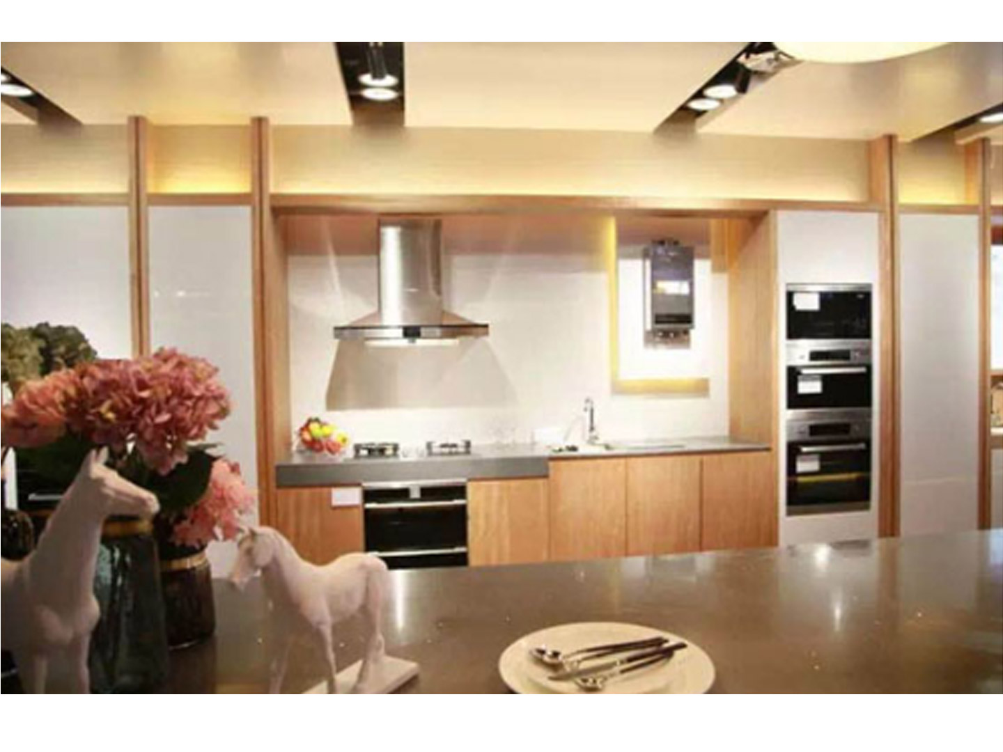 What should I pay attention to before installing Splashback Aluminum Composite Panel?